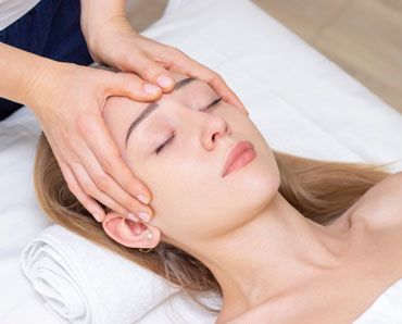 Hands In Demand Whitby ON - Massage Therapy with Indie Head Massage